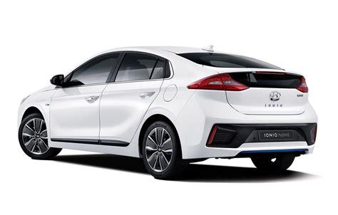 Auto Bild 1 by 2016 Hyundai Ioniq 1 Auto Bild
