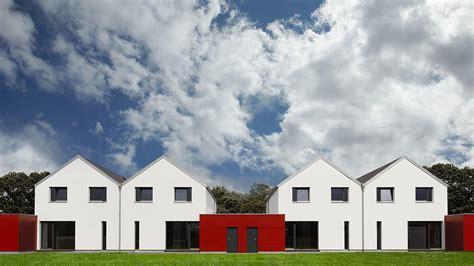 Doppelhaus Bauen Fertighaus by Fertighaus Doppelhaus Praktisch Und Platzsparend Petershaus