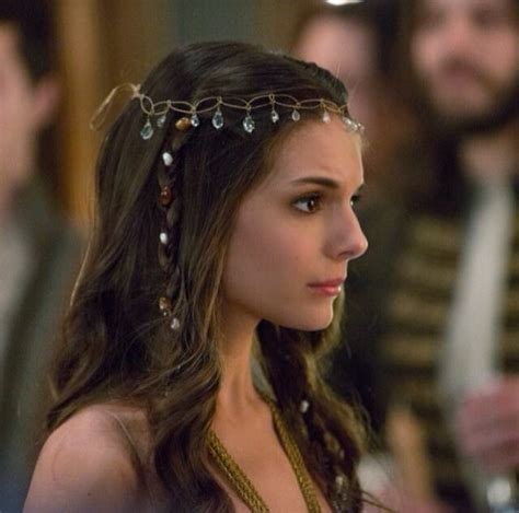 reign show hairstyles 144 best images about reign s wardrobe on pinterest