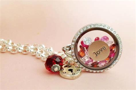 Origami Lockets And Charms - how many charms can you fit in your origami owl locket