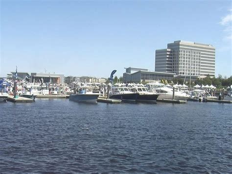 wilmington nc boat show thousands attend second annual wilmington boat show wway tv