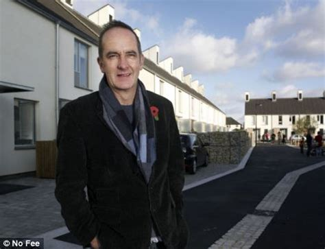 kevin mccloud grand designs own house tv presenter kevin mccloud s own grand design hit by faults daily mail online