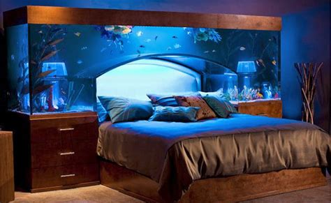 Aquarium Headboard by Friday Sleep With The Fishes With This Amazing