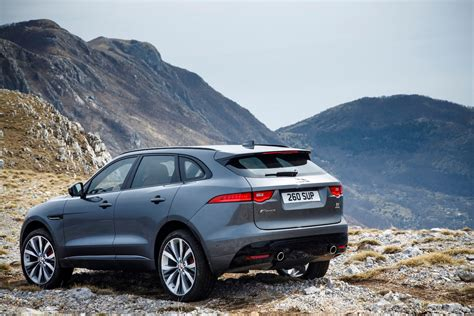 jaguar f pace jaguar f pace review and rating motor trend