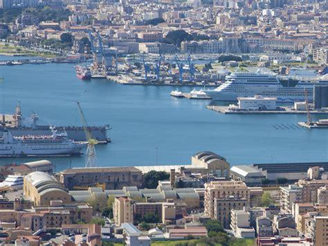 traghetti genova porto torres offerte traghetti