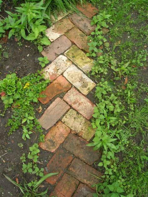 garden edging landscape edging ideas  recycled