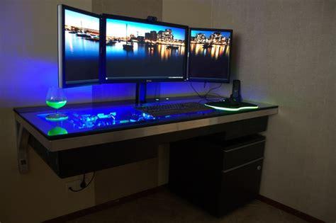 bureau pc design un ordinateur surpuissant incrust 233 dans un bureau