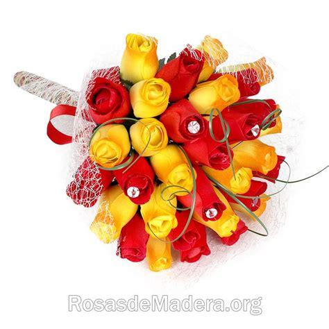 imagenes de rosas originales ramo especial sant jordi rosas y flores de madera