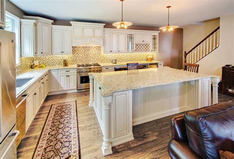 ivory kitchen cabinets ivory