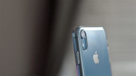 review iphone xr clear is it worth the premium price 9to5mac