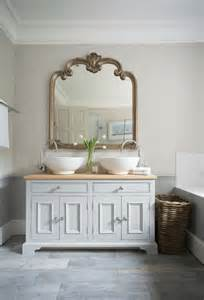 Bien Salle De Bain Style Antique #3: miroir-salle-de-bain-design-idee.jpg