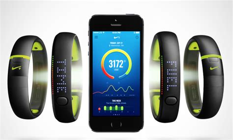 Nike unveils more colorful, durable FuelBand SE