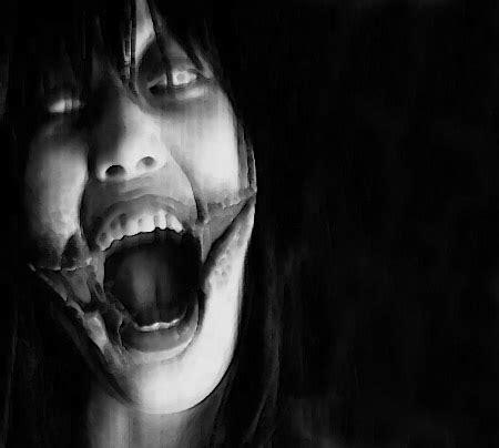 slit mouth woman urban legend kuchisake onna slit mouth woman urban legend