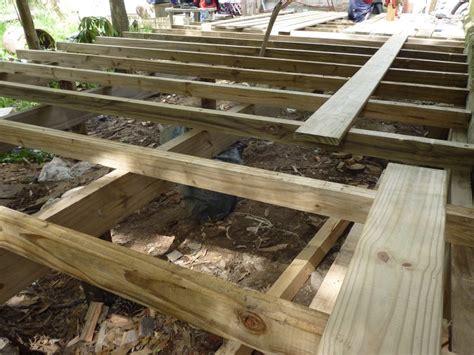 deck madera decks madera tratada piscina y jard 237 n 2 700 00 en