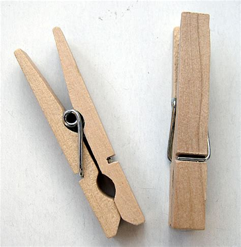 small clothes 25 wooden small clothes pegs 48mm