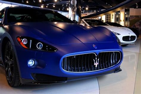 navy blue maserati maserati gran turismo s got to love that matte blue
