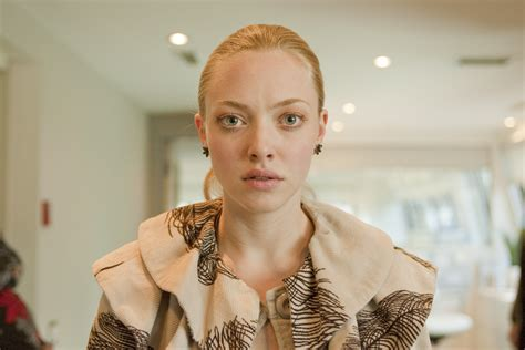 chloe movie pictures amanda seyfried muses cinematic women the red list