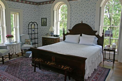 haunted bed and breakfast 7 haunted b bs where guests have ghostly encounters bed