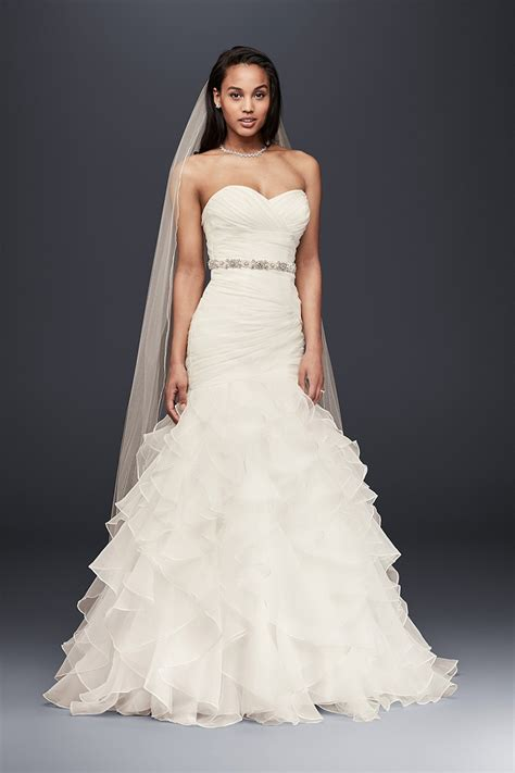 white wedding dresses 2009 ruffles wedding dress photos ruffles wedding dress