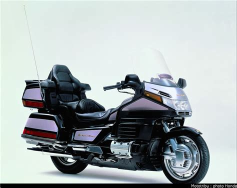 honda goldwing mototribu honda goldwing 1998