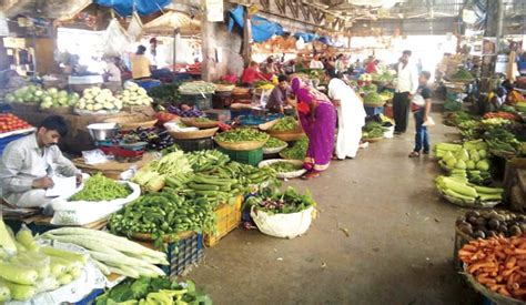 vashi market mumbaikars veggie prices may zoom 20 due to low output
