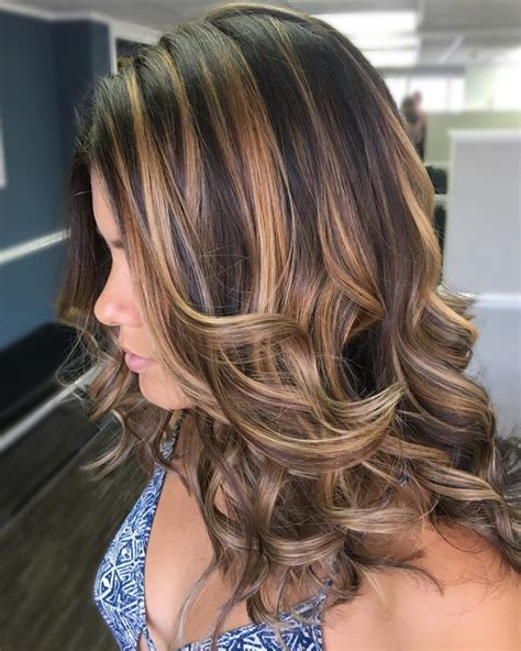 caramel hair color with highlights 28 most delectable caramel highlights you ll see in 2018