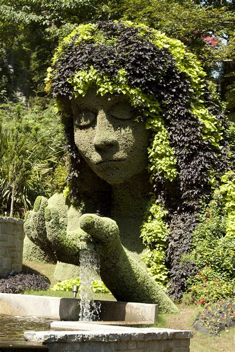 The Botanical Gardens Atlanta Atlanta Botanical Garden S Incredibly Amazing Plant Sculptures Moments Journal