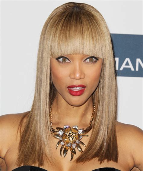 tyra banks with fringe bangs short hairstyle 2013 tyra banks with fringe bangs short hairstyle 2013