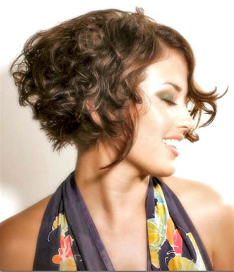 short curly hairstyle hairstyles 2012 pictures to pin on pinterest 35 short wavy hair 2012 2013 short hairstyles 2017