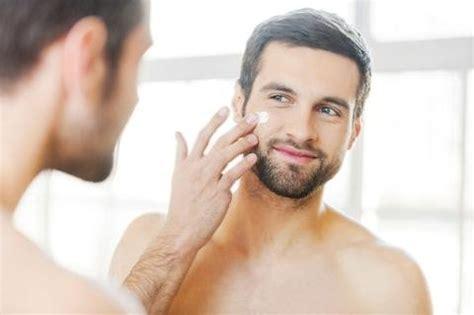Pelembab Cowok Biar Nggak Kucel 5 Skincare Dasar Khusus Cowok Ini