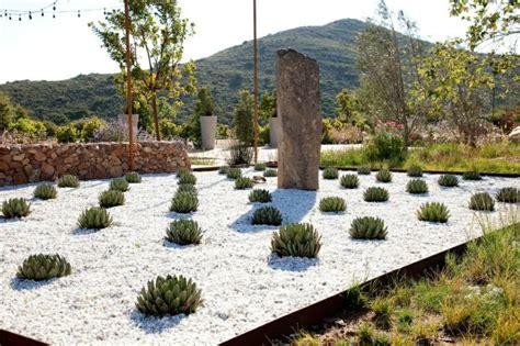 Attrayant Idee Deco Jardin Gravier #1: gravier-blanc-idee-deco.jpg