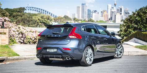 2017 volvo v40 d4 review inscription with polestar
