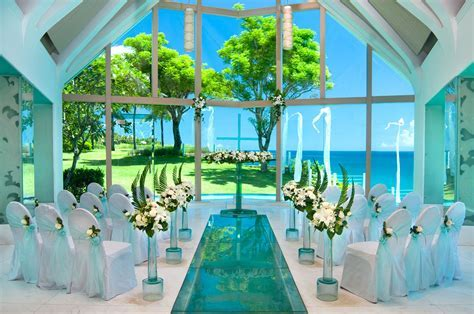 Beautiful Wedding Venues In Bali » Ayana Chapel