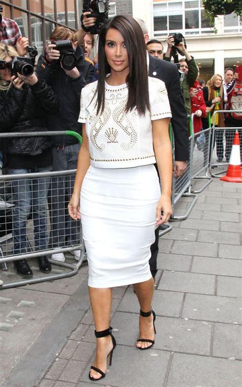 kim kardashian style 2012 kim kardashian wears versace ss12 pleasestyleme