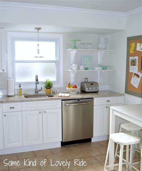 small white kitchens peenmedia
