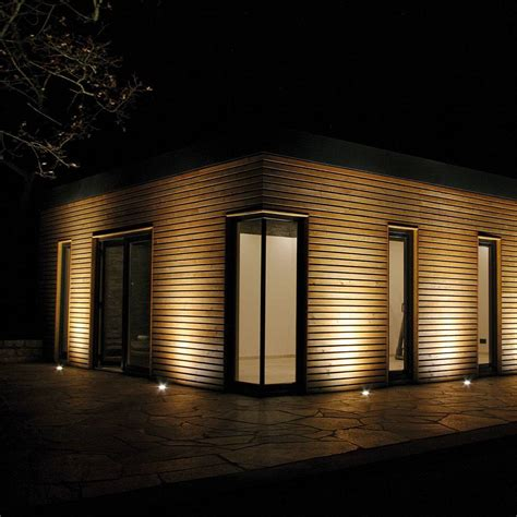 beleuchtung garten indirekte beleuchtung am gartenhaus so muss das