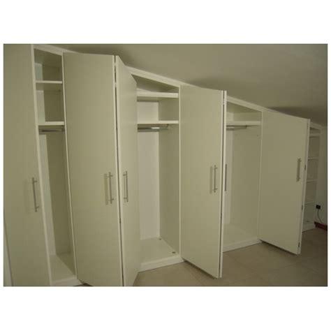 armadi da mansarda armadio basso per mansarda cabine armadio per mansarda