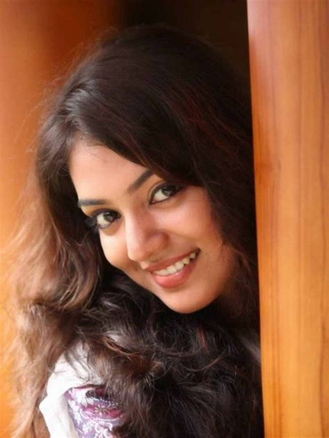 actress nazriya photos download nazriya nazim south actres cute photo album hd images