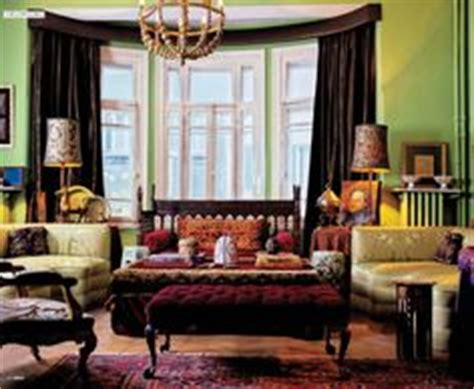 maroon and green living room 1000 images about paint color scheme burgundy wine on burgundy wine drapery