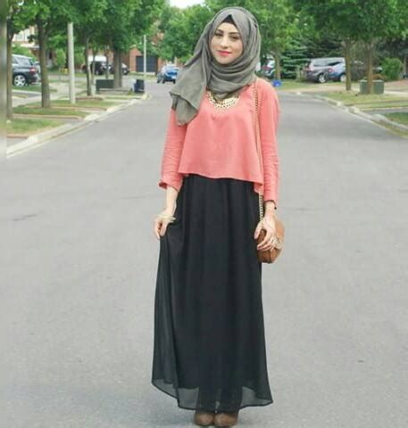Top By Dhijab crop top with skirt fashion crop top muslim and hijabs
