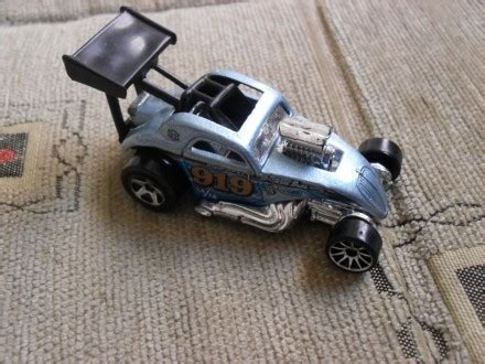 Hotwheels Fiat 500 C Sweetrides wheels fiat 500 c kupindo 29854153