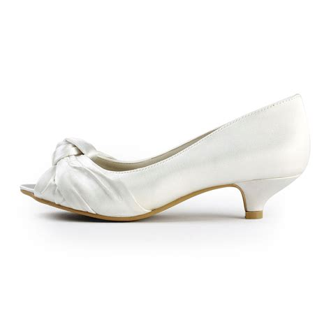 Wedding Shoes With Low Heel by Satin Low Heel Peep Toe Sandals Wedding Shoes With Bowknot