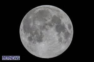 pink moon april april s full quot pink moon quot rises above bermuda bernews