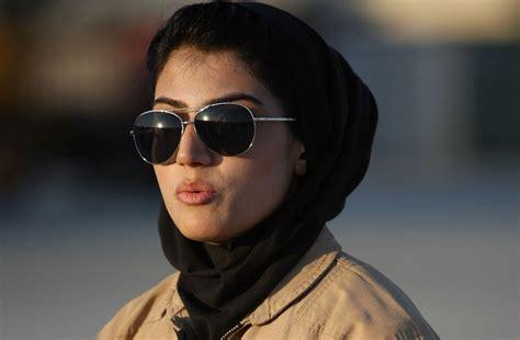 Falsafah Militer Jawa pilot pilot cantik dunia azhar muhammad