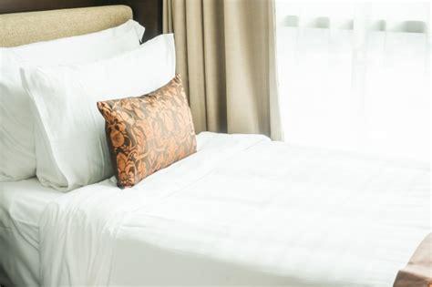 lit avec oreillers t 233 l 233 charger des photos gratuitement