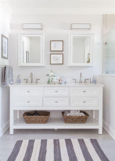 badezimmer vanity chair master bathroom roseland project renovation grey and