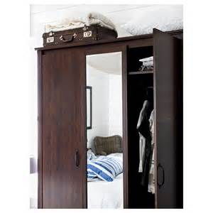 ikea brusali kleiderschrank brusali wardrobe with 3 doors brown 131x190 cm ikea