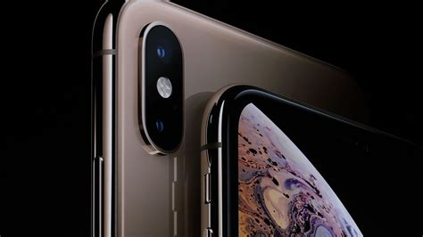 apple iphone xs xs max preorders kick   models
