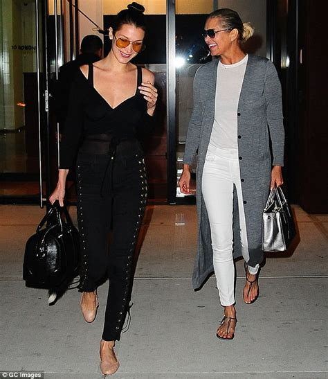 youlanda foster white tee shisrt bella hadid and mother yolanda have a blast in new york