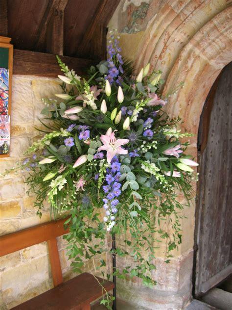 Church Flower Arrangements Pedestal Pedestal With Soft Trailing Foliage Arreglos Florales